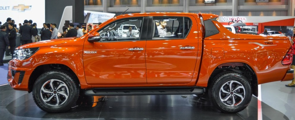 Toyota Hilux Revo Prerunner Double Cab 2WD 2400 cc TRD ...